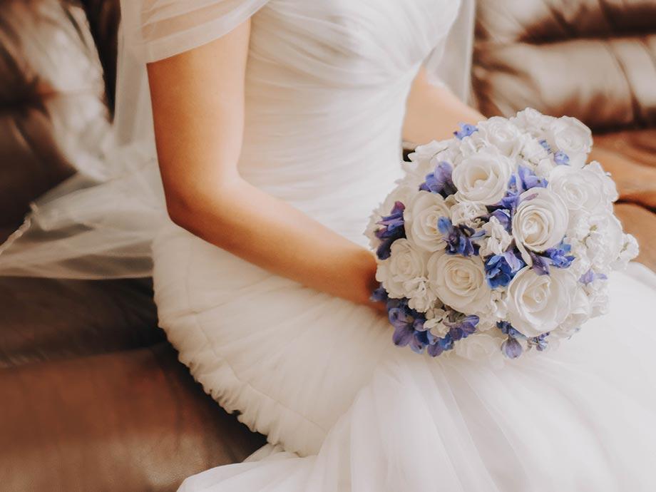 10 mesi prima scegliere l'abito da sposa